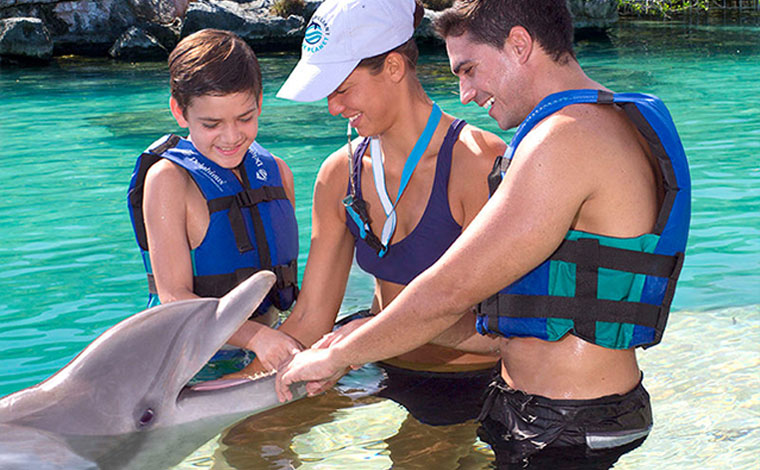 Xplor Dolphinclusive Supreme + Xplor park tour