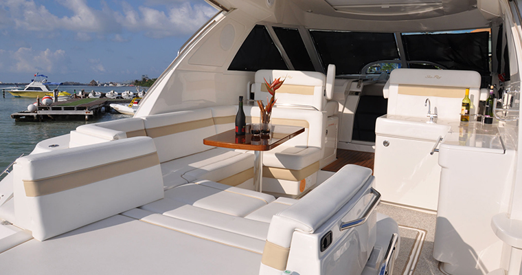 Luxury Yacht Charter - 4 hrs