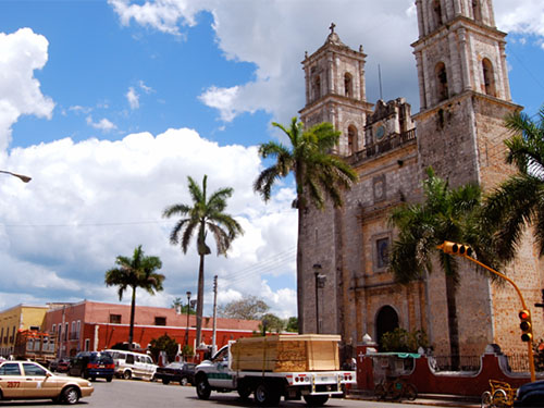 Enjoy a visit to an authentic colonial town from the 1500's, Valladolid, Yucatan.