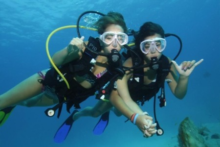 Dive with Scuba Cancun, the original dive shop of Cancun!